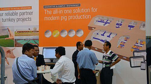 Cartel: Tecnología BigFarmNet para el manejo de cerdos