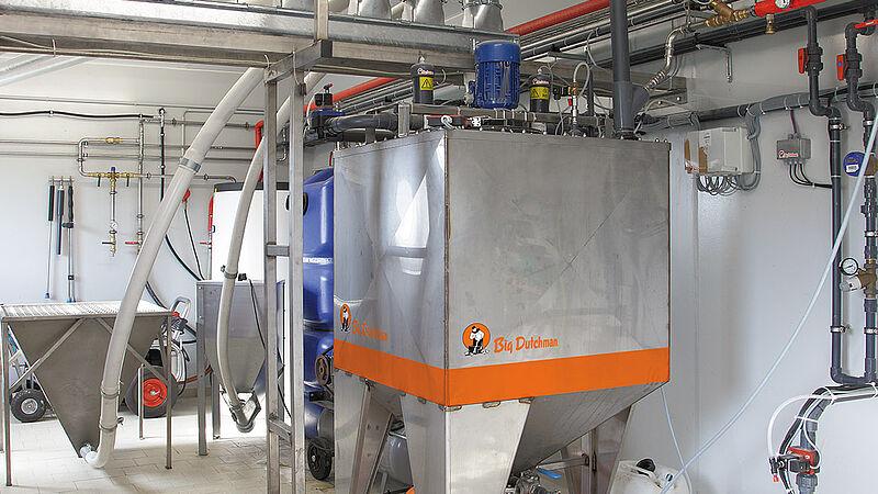 Alimentación líquida HydroAir para la cría de porcinos